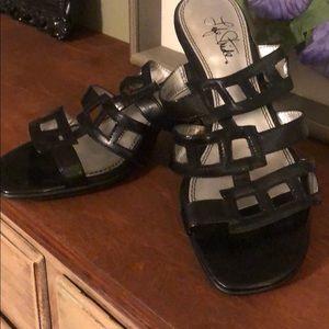 Like Stride Sandals